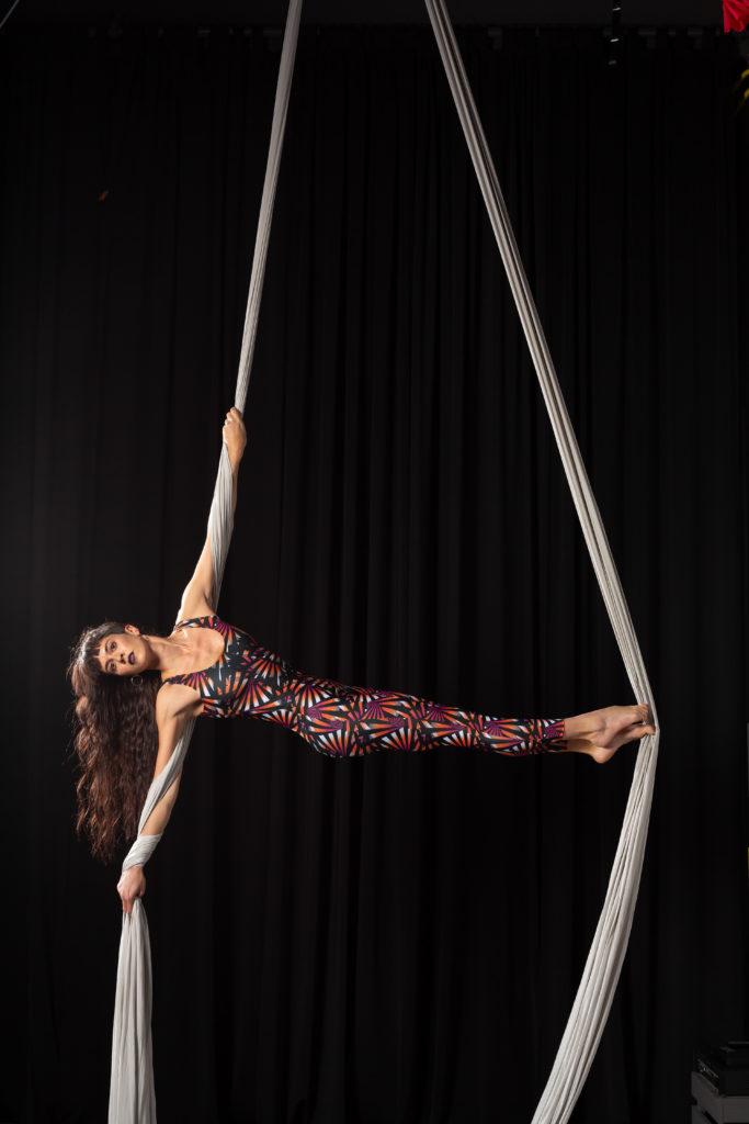 acro& aerial dance
